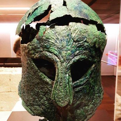 Resultado de imagen de casco corintio malaga
